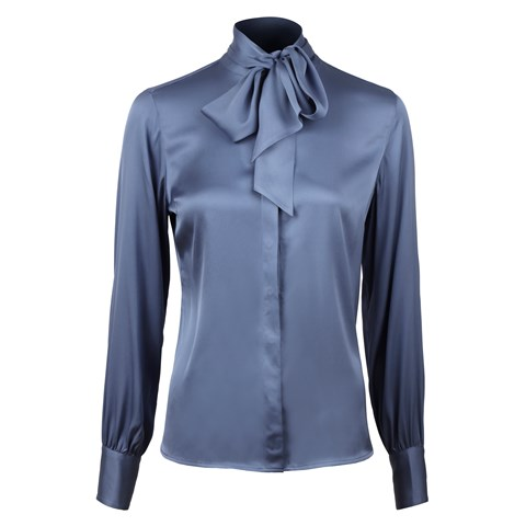 Feminine Silk Blouse With Bow Collar Blue