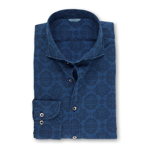 Casual Medallion Patterned Fitted Body Shirt