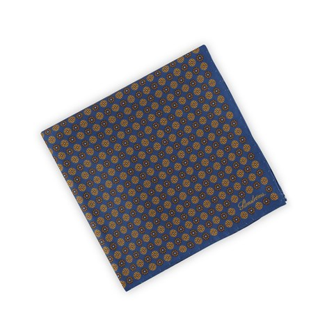 Silk Hankie Medallion